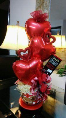 Candy Bouquet Diy, Valentine Bouquet, Balloon Bouquet, Balloon Lanterns, Balloon Centerpieces, Balloon Decorations, Valentines Balloons, Valentines Day Decorations, Valentine Day Crafts