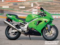 My 2nd bike was a 1998 Kawasaki ZX-9R (ZX900C1).