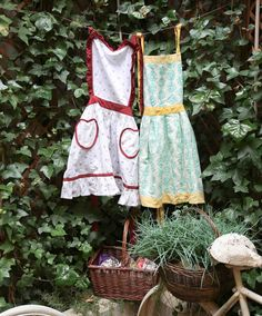 Apron, Decor, Fashion, Moda, Decoration, Fashion Styles, Decorating, Fashion Illustrations, Aprons