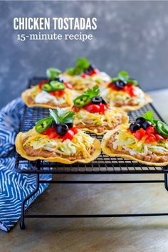 Low Carb Recipes To The Prism Weight Reduction Program Mexican Chicken Tostadas Are Delicious And Super Easy To Make With A Few Shortcuts You Can Get This Yummy Meal On The Table In Flat. Quesadillas, Empanadas, Burritos, Enchiladas, Tostada Recipes, Chicken Tostadas, 15 Minute Meals, Comida Latina, Tacos