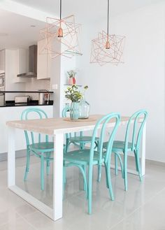 50 Modern Dining Room Wall Decor Ideas and Designs 2018 Farmhouse dining room Kitchen wall decor Dinning room wall decor Dinning room ideas Farmhouse wall decor Dining room decor ideas Dining room decor rustic Chic A Budget Lobby Sweet Home, Diy Casa, Rental Decorating, Decorating Ideas, Dining Room Walls, Transitional Decor, Room Wall Decor, Apartment Living, Apartment Ideas