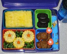 Meet Jennifer McCann, mom of Shmoo for whom she makes delightful vegan school box lunches with a bento twist. Vegan Lunch Box, Vegetarian Lunch, Bento Box Lunch, Vegetarian Recipes, Box Lunches, School Lunches, Healthy Recipes, Cute Food, Good Food