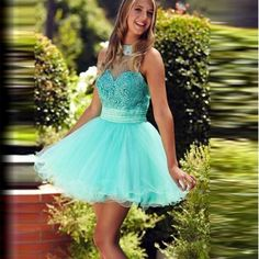 Little Girl Mint Green Graduation Dresss A-Line Customized Lace Appliqued Beaded Prom Party Gowns Short  Halter Handmade Dresses
