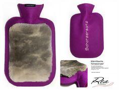 Wärmflasche 'Schatzersatz' by ReaAndrea for Tine - Filz 100% Schurwolle lila - QualitätsGummiWärmflasche - Kaninchen Teddy beige  bayrisch glücklich - Grösse 26 x 16 cm