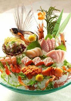 Arte Do Sushi, Sushi Art, Japanese Food Art, Japanese Dishes, Food Design, Sushi Comida, Asian, Sashimi Sushi, Eating Raw