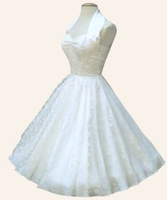 Vivien of Holloway is a favourite for brides looking for affordable but alternative/vintage/rockabilly wedding dresses. This one has a vintage stylelace overlay. Rockabilly Wedding Dresses, Vintage Style Wedding Dresses, Stunning Wedding Dresses, Vintage Dresses, 1950s Dresses, Rockabilly Style, Evening Dresses, Pin Up Dresses, Types Of Dresses