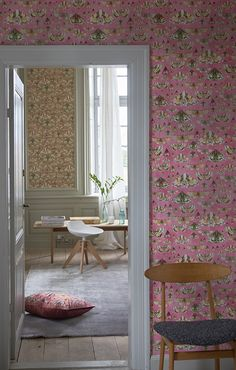 Designers Guild Issoria wallpaper