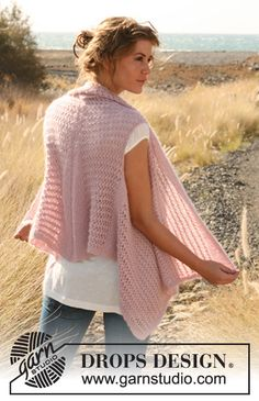 """Knitted DROPS vest with lace pattern worked sideways in """"Alpaca"""" and """"Kid-Silk"""". Size: S - XXXL ~ DROPS Design"""