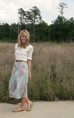 cute floral skirt with white blouse and brown belt