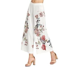 To find out about the Botanical Print Zip Side Wide Leg Pants at SHEIN, part of our latest Pants ready to shop online today! Loose Pants, Wide Leg Pants, Wide Legs, Fashion Pants, Boho Fashion, Funky Fashion, Fashion Women, Fashion Trends, Pantalon Large