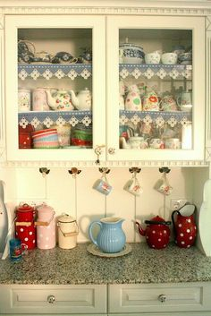 I LOVE THIS <3 <3 <3   Vintage kitchen