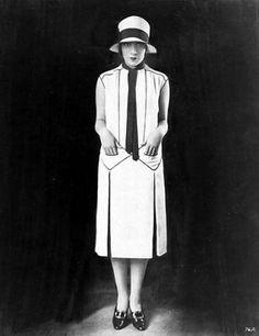 1920s fashion inspiration  uploaded by www.1stand2ndtimearound.etsy.com