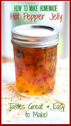 How To Make Homemade Hot Pepper Jelly ~ Beautiful in color, & sweet with heat; this Homemade Hot Pepper Jelly is perfect for entertaining by serving it on top of cream cheese or goat cheese! Homemade Jelly, How To Make Homemade, Homemade Jam Recipes, Homemade Butter, Pepper Jelly Recipes, Canning Pepper Jelly, Canning Bell Peppers, Jalapeno Jelly Recipes, Jalapeno Pepper Jelly Recipe No Pectin