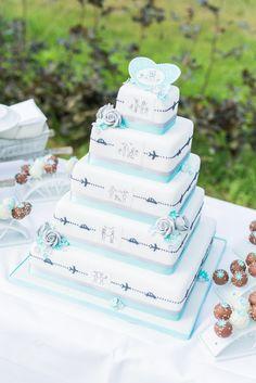 Für den schönsten Tag im Leben darf es nur die schönste Hochzeitstorte sein. Natürlich von Nicola Fürle aus Salzburg! Salzburg, Real Weddings, Cake, Desserts, Food, Kuchen, Nice Asses, Life, Tailgate Desserts