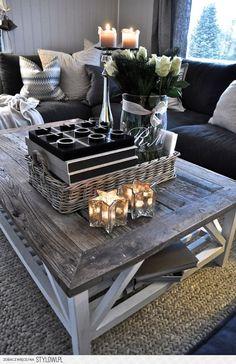 Coffee table - reclaimed wood <3