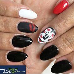 Valentine%27s+Nails+(Mickey+Mouse)+by+home_of_deva+-+Nail+Art+Gallery+nailartgallery.nailsmag.com+by+Nails+Magazine+www.nailsmag.com+%23nailart