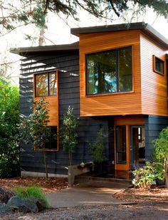 Modern Portland Homes: Portland Architecture Local homes tours showcase modern and historic, exterior idea for Vernonia house addition Portland Architecture, Modern Architecture, Residential Architecture, Design Exterior, Modern Exterior, Exterior Colors, Siding Colors, Simple House Exterior, Casas Containers