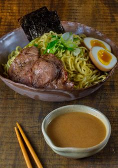 """TSUKEMEN NOODLE: DIPPING RAMEN INTO HOT SPICY SOUP My friend described Tsukemen is a Ramen noodle dipped into a hot gravy.""""Dipping into a hot gravy"""", sounds perfect for the cold rainy weather, doesn't it?"""