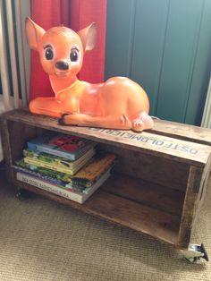 #bambi #lamp #toddlersroom #boysroom #red #green #gruffalo #interior #interiør #reuse #recycle #sisal