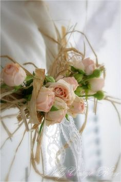 Beautiful decoration for the room that the bride is getting dressed.