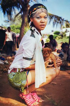 The Beauty Of Kenia´ is an exclusive fashion editorial produced by photographer Bella Kotak, a photographer and architect based in Oxford / London, England, and stylist Ilham Aboo. The shot is placed in Mombasa, Kenya. And is featuring two amazing good looking girls: Karen Sugahara and Milkah Seifert! We are in love with the story and the fashion from Kenya! Enjoy the multi-cultural nature of Kenya! www.kaltblut-maga...