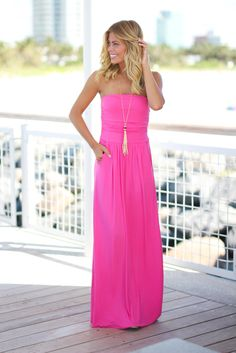 Look like a SUPER CHIC fashionista in our Strapless Fuchsia Maxi Dress with Pockets! We're so in love with the flattering strapless style and cute pockets! - 95% Modal - 5% Spandex Length: - small: 51
