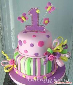 Заказала мне кузина вот такой торт (это подарок) Вот теперь вопросы: 1. Завитки бантов чем крепить.