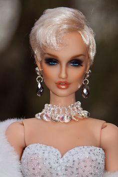 Nimue, All that Glitters! Doll Repaint Tutorial, Barbie Wedding, Doll Makeup, Beautiful Barbie Dolls, Barbie World, All That Glitters, Bjd Dolls, Ball Jointed Dolls, Fashion Dolls