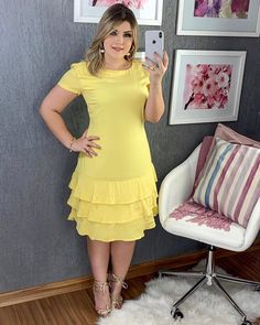 Casual Dresses, Fashion Dresses, Dresses For Work, Formal Dresses, Fashion 2020, Clothing Patterns, Green Dress, Frocks, Nancy Guerrero