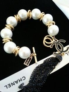Vintage Pearl Bracelet Etsy ArmCandyDesignsbyZ by dominique