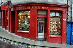 the christmas shop, edinburgh scotland