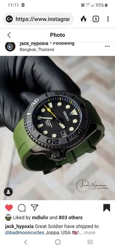 Dream Watches, Sport Watches, Cool Watches, Seiko Skx, Seiko Watches, Best Looking Watches, Seamaster 300, Luxury Watches For Men, Beautiful Watches