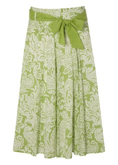 This would be a lovely skirt for summer...