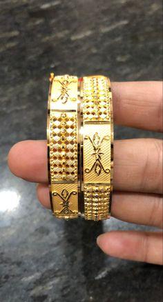India Jewelry, Gold Jewellery, Gold Bangles Design, Jewelry Design, Costume Jewelry, Bangle Bracelets, Gold Rings, Fashion Jewelry, Turkey