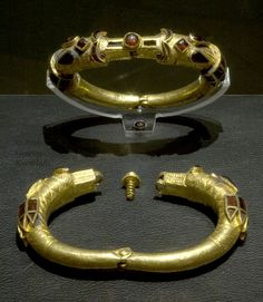"Scirian"" arm bands from Budapest, gold and garnet, 2nd century B.C."