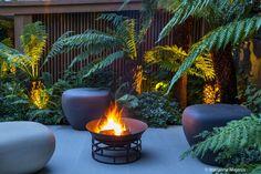 Calm in the City - Garden Design & Landscaping Project Urban Garden Design, Tropical Garden Design, Back Garden Design, Tropical Gardens, Tropical Style, Tropical Backyard Landscaping, Stone Landscaping, Landscaping Ideas, Garden Ideas Uk