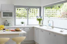 Pastel Pop - Kitchen Designs - Shabby Chic & Wallpaper Ideas (houseandgarden.co.uk)