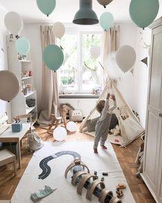 Kidsroom balloon Fun #kidsroom#kidsroomdecor#boysroom#birthdayboy#roooarsome