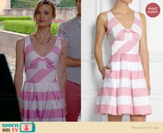 Paige's pink candy striped on Royal Pains.  Outfit Details: http://wornontv.net/35614/ #RoyalPains