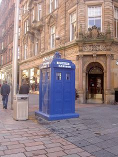 Who knew that Dr Who was making Coffee in Glasgow?