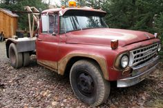 1966 International Harvester Wrecker - http://barnfinds.com/1966-international-harvester-wrecker/