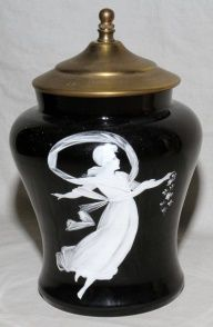 MARY GREGORY  AMETHYST BISCUIT JAR W/LID
