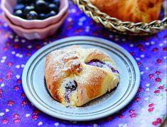 Áfonyás-túrós-citromos batyu Recept képpel - Mindmegette.hu - Receptek Lidl, Doughnut, Pancakes, Breakfast, Desserts, Food, Morning Coffee, Tailgate Desserts, Deserts