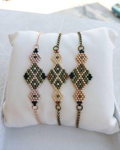 Our elegant Miyuki bracelets # twinsart # Design is that Umeda the Beaded Bracelet Patterns, Beaded Earrings, Beaded Jewelry, Handmade Jewelry, Beaded Bracelets, Stud Earrings, Silver Jewellery, Diy Jewelry, Mode Blog