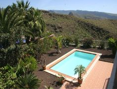 Herrlich gelegenes Gran Canaria Chalet mit hochwertiger Ausstattung und einmaligem Fernblick steht hier zum Verkauf.
