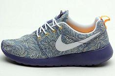 9d86514887c5 Nike Roshe Run liberty 654165 401 (40   8.5 US   6 UK)