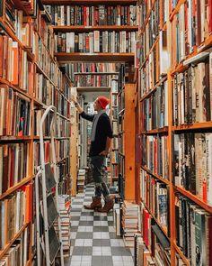 Library in Paris   http://writersrelief.com