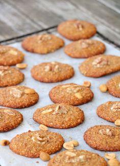 Seige, søte peanøtt- og valnøttkjeks - LINDASTUHAUG Cooking Recipes, Food Recipes, Recipes