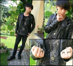 Golden Pierce, I Am Snake Ring, I Am Ring, I Am Rings, Leather Jacket, New Yorker Shirt, Black Jeans, Leather Boots, H&M Beatle Earrings, Gate Necklace