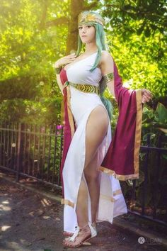 seviria Cosplay as Venus